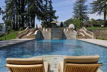Los Gatos Pool by CoorItalia / An important CoorItalia project in California. All the elements of this pool were carved and cut in Italy in Walnut Travertine.