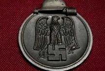 Vojenské odznaky a vyznamenania