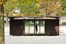 Pequeño Módulo Acristalado / Pequeño módulo acristalado por ambas caras con un techo ondulado.  http://www.EstudioDReam.es
