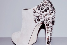 Shoe Money / by Juicy Magazine