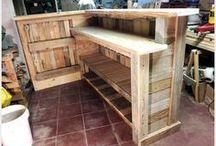 Dřevěny nábytek
