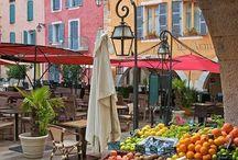 Les marchés / J'adore les marchés, lieu de vie, de proximité, d'échanges et de belles histoires.