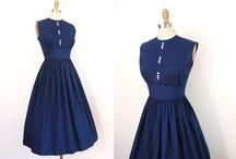 vintage dresses / by Daphne's Diary