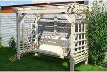 Balansoare din lemn pentru gradina