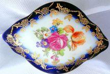 Nice Jewelry Porzellan Box Floral Cobalt Blue 7/PM 1892