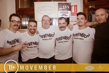 Afeitado Solidario pro Movember / Un grupo de amigos barberos afeitando bigotes , por la causa Movember
