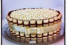 Kinder Bueno Cakes