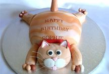 Cat cakes, cookies and more! / Cake decorations that are all about cats! Cat-themed cakes are just amazing to look at. And why stop at cakes? How about kitty cookies? Or even cat pizza? This is the board for food that celebrates one theme: cats!