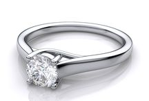 Under $1,500 Pre-set Engagement Rings