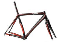 """Vinci / Dedacciai Z-115 high-module Toray IM600 carbon tubings. Stratified by hand. 1"""" 1/8 - 1"""" 1/2 head tube. Integrated or traditional seatpost. Full Carbon rear dropouts. Front derailleur clamp fized to seat tube. Equipped with monocoque carbon front fork. Weight: 850 gr raw. Optionals: available also made to measure, """"press Fit"""" or BB30 BB-shell, Shimano Di2 groupsets arrangements."""