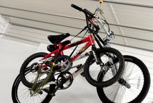 Ceiling Storage for your garage by Garageflex / Ideas to help you make the most of this under utilised but precious storage space.  Use the ceiling space in your garage to store all manner of items including bikes, ladders, timber and pipework.