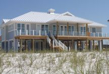 Gulf Front Homes / Step out your door and onto the beach!