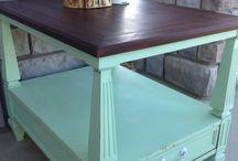 Kitchen Table Refinish / by Samantha Darneille