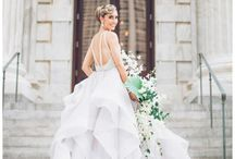 Wedding dresses / Inspiration for the brides: from street-fashion to haute-couture pieces for a unique bridal look