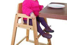 La chaise haute Welcome Family / La #chaise haute Welcome Family est parfaite pour installer un enfant à table au restaurant ou même à la maison. Idéal pour passer un agréable moment en famille.