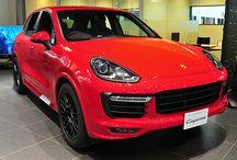 PORSCHE New CAR(展示車両) / ポルシェセンター神戸の展示車をご案内致します。  www.kobe-porsche.jp