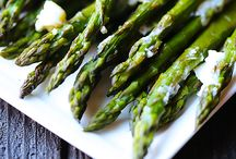 Asparagus / asparagus means spring is here! / by Flavour & Savour