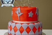 cake cake cake / by Alex Kraft