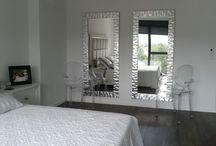 ESPEJOS MODERNOS. ESPEJOS A MEDIDA. ESPEJOS DECORATIVOS. / Espejos con marcos modernos, espejos en pan de plata, espejos en pan de oro, espejos lacados, espejos de diseño. Marcos para espejos.