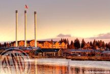 Bend Adventures / The center of Bend, Oregon is just a short drive from the Pronghorn property. Cafes, breweries, restaurants, theaters, shopping and even more outdoor adventure awaits you in and around downtown Bend, Oregon.