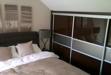 Sliding Doors / Wardrobes and cupboards with sliding doors are one of our specialities. We ensure doors slide smoothly, are built to last, and provide the most storage space possible. We design and install wardrobes in the alcoves and awkward spaces, of period properties and modern homes, around London.