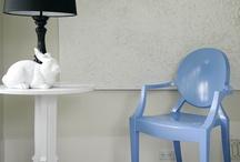Plástico y colores / Con la pintura para plásticos, puedes renovar los muebles de jardín, sin necesidad de lijar previamente o aplicar un imprimante.
