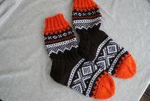 """mariusmønstrede sokker i """"retrofarger"""""""