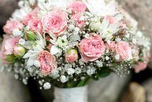Floral Inspiration / A selection of beautiful and inspiring bouquets.  Verschiedene Brautstraußideen die für einen Hingucker sorgen.