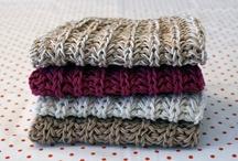 knits / by TERRY JENSEN