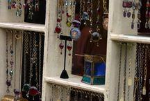 Jewellery & Displays