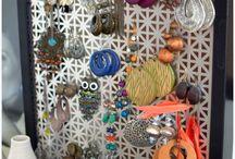 earrings/necklace holders