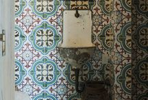 Cement Tile in Bathrooms / Bathroom Installations of Encaustic Cement Tile.