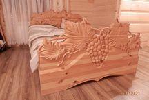 Rzeźbione meble