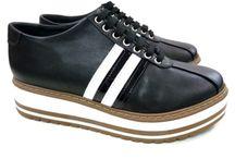 Oxford Sra. Braz preto Plataforma / Sapato Oxford preto super casual, plataforma com 4cm e sola na cor bege com branco.