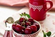 les cerises / un de mes fruits préférés!