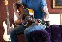 Adam Levine addiction  / People magazine / most sexiest man alive! 2013 -Adam Levine
