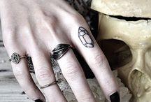 Jewelry. ♢