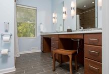 Contemporary/Modern Bathrooms