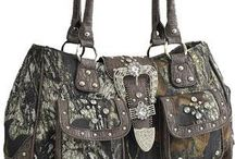 Hand Bags and Purses / Mossy Oak, Montana West and western, Gun Concealed Camouflage Purses