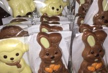 Easter Sweets & Treats  / So many sweets perfect for the Easter bunny to deliver!