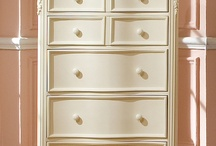 Dressers & commodes