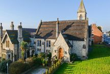Cottages in Kent / Here are some examples of the beautiful cottages you could live in, if you decide to move to Kent