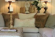 Small Beginnings / Decorating small spaces / by Stephanie Hentges