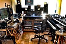 Home Studio Setups / Studio setups and layouts for the bed- or living room.
