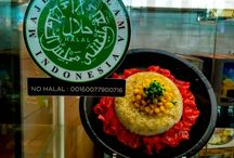 How to Find Indonesian Halal Food for Tourism in Jakarta / Jakarta is the capital city of Indonesia, there are many accesses to go there. After you have arrived, you can start your journey to taste Indonesian foods. For Muslims, you need to find halal Indonesian food in Jakarta. Don't worry about that because you can easily get halal Indonesian food in Jakarta tourism spot. Let's see how to find the best halal Indonesian food and in Jakarta tourism spot. Here we go!