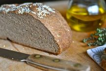 Gluten-Free, Nut-Free Vegan Breads / Bread recipes that are not only vegan, but also gluten- and nut-free!