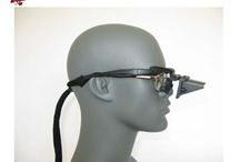Prism Glasses / Prism glasses and bed prism glasses change your angle of view without turning your head