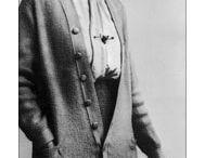 ő volt egy nagyszShe was a superb detective story author