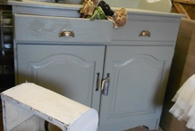 Shabby Nurcery Furnitures / Make new cabinets old and shabby