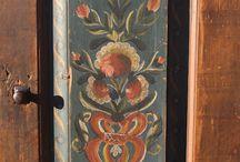 lemn pictat